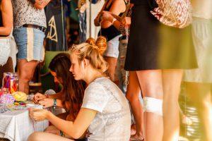 Traumfänger Workshop beim Pangea-Festival 2016
