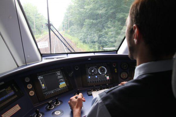 Im Cockpit des Zuges