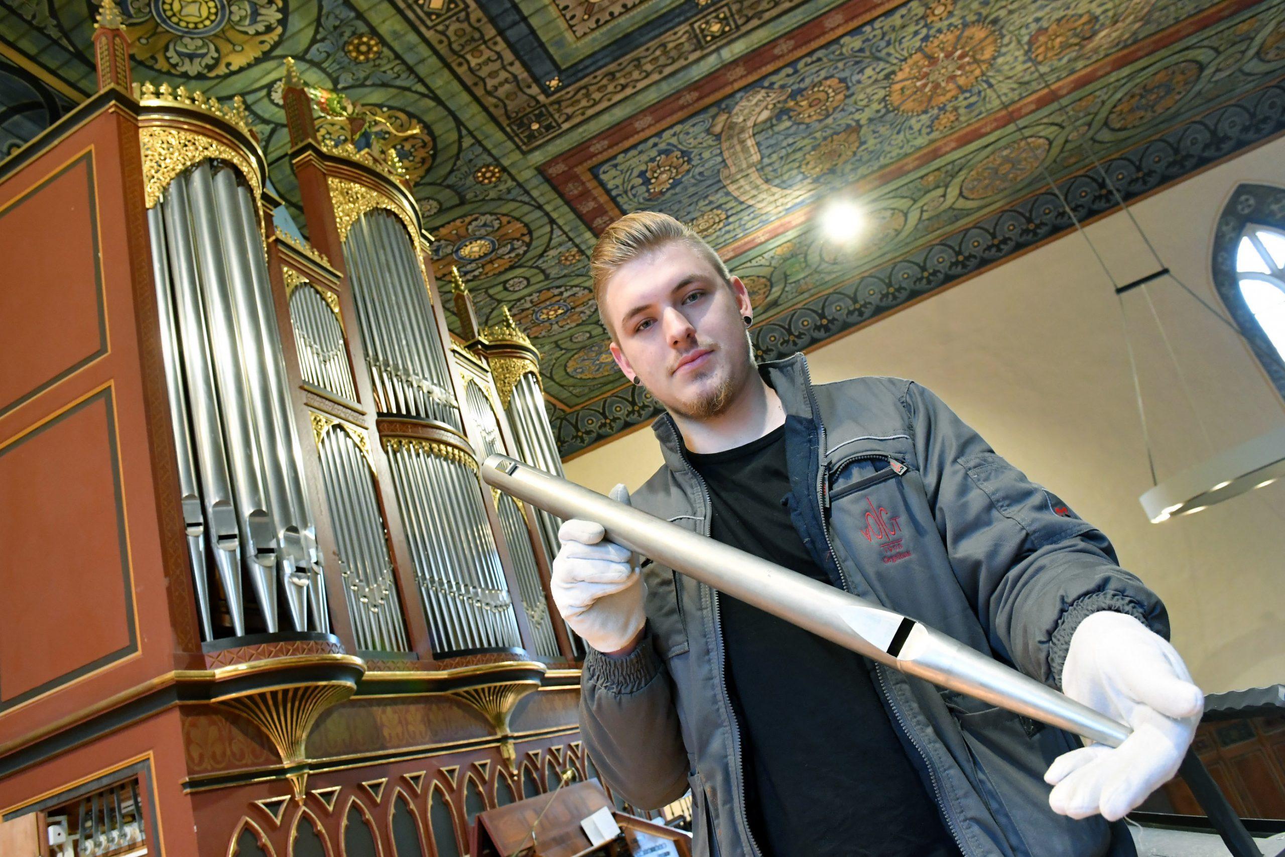 Musik und Handwerk vereint – Brandenburger wird Bundessieger im Orgelbauen